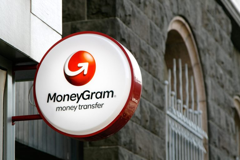 MoneyGram to offer the first crypto-to-cash outlets across the US